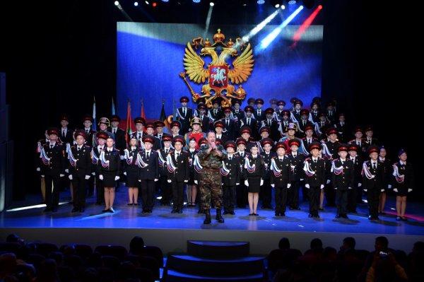 В Усинске прошло торжественное мероприятие «Служу России», посвященное дню призывника